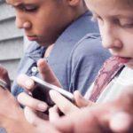Campagna per uso Smarphone: in ritardo di 15 anni