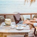 Lavorare da smartphone piuttosto che rinunciare alle ferie