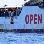 Otto migranti sbarcano per gravi emergenze mediche a Lampedusa