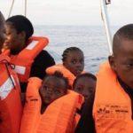 Salute dei Migranti. Salvini e Toninelli firmano il divieto allo sbarco