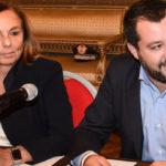 """Crisi dei Migranti: Conte non firmerà divieti ONG """"Più umanità"""""""