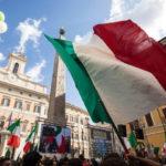 Piazza Montecitorio con Giorgia Meloni e Matteo Salvini