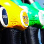 Stangata auto Diesel aumenta il prezzo del gasolio