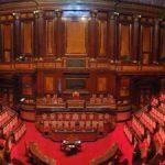 Taglio dei parlamentari, commissione approva,  centrodestra no