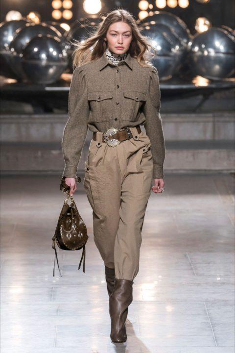 Gigi Hadid in passerella, moda donna autunno-inverno 2019