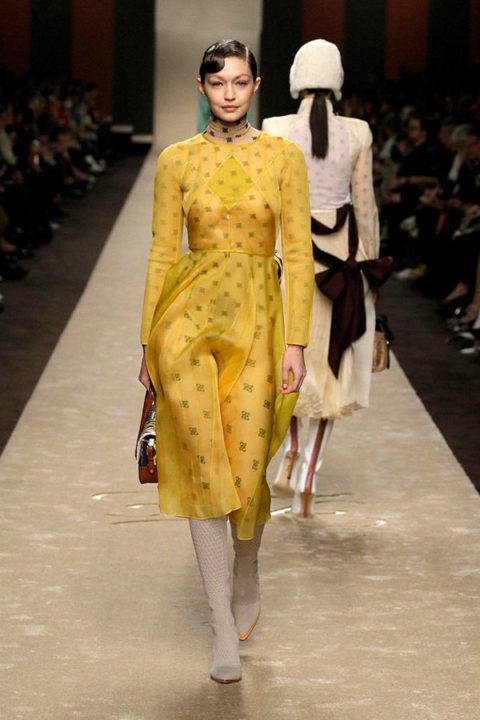 Gigi Hadid Milano fashion week 2019 per Fendi