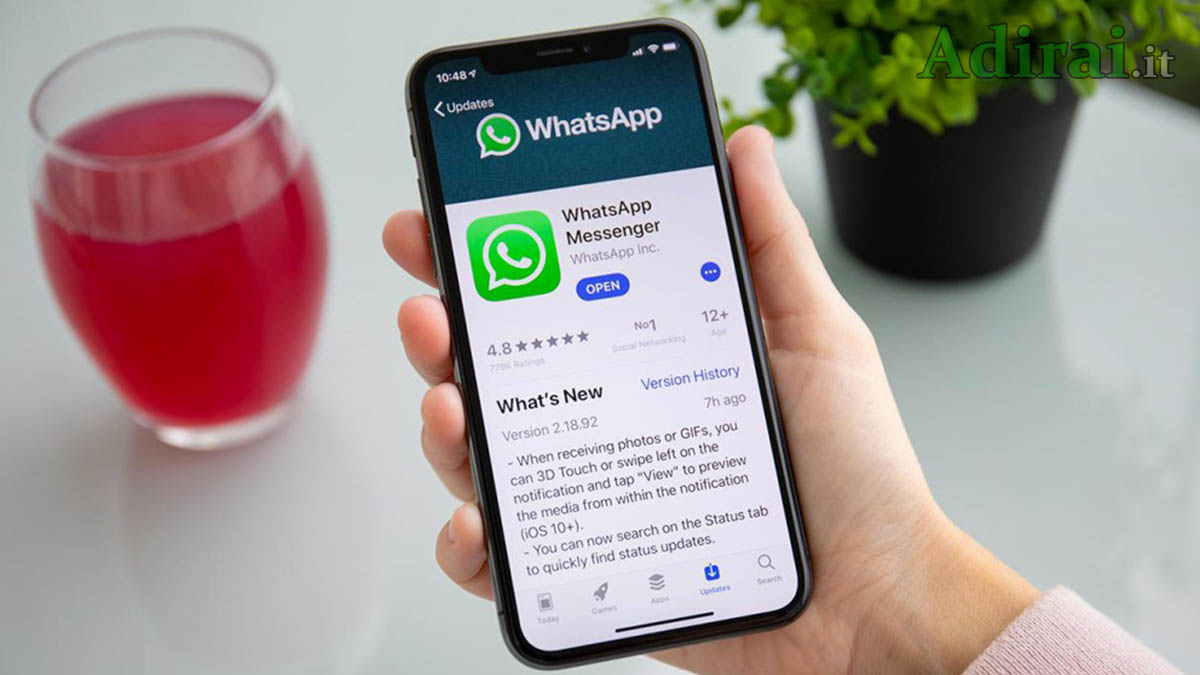 whatsapp non funzionerà dal 2020 smartphone iphone