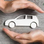 Controllare l'assicurazione e verificare la copertura RCA su auto e moto