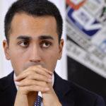 Luigi Di Maio non si dimette dalla guida M5s, attaccato al potere
